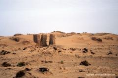 Ruins, Baris